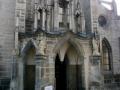Vstup do kostela Nanebevzetí Panny Marie a svatého Jana Křtitele